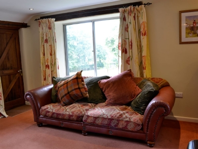 The Bailey Skipton Holiday Cottage Sofa